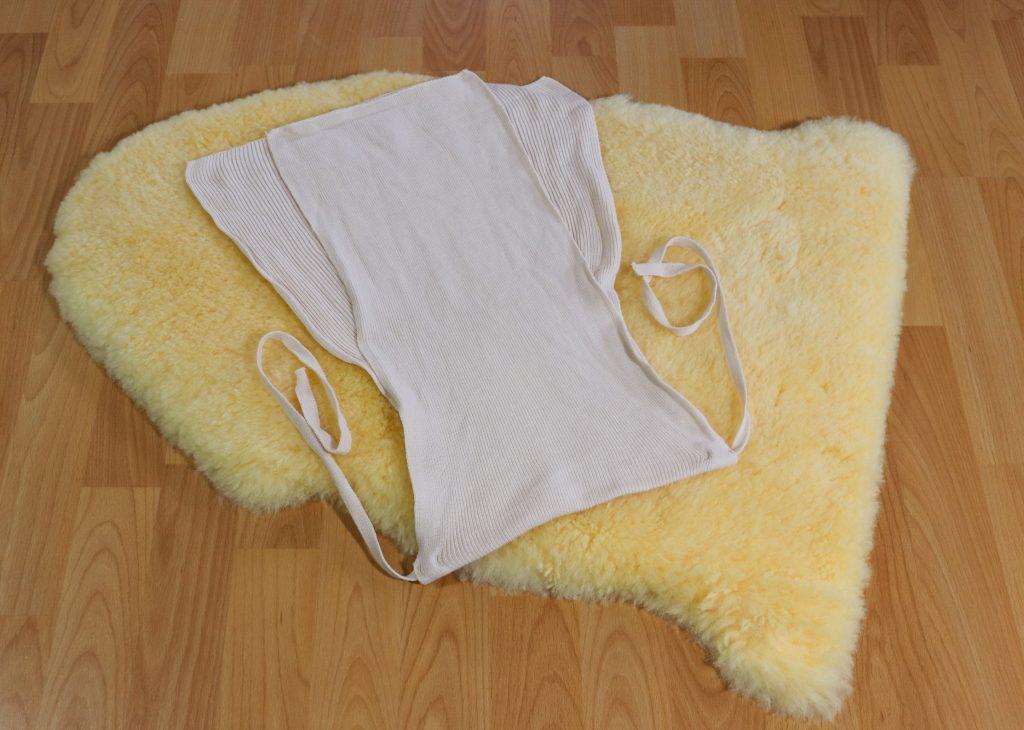 Wickeln mit Strickwindeln Stoffwindeln aus Baumwolle atmungsaktiv zero waste baby low waste baby nachhaltig leben mit Baby